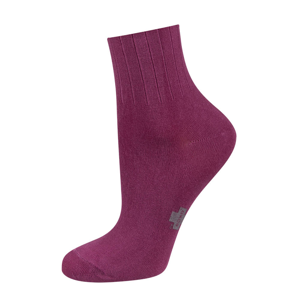 HUE's Modal Knee Sock offers a great way to extend your wardrobe. Stay on trend with these incredible knee socks that work well with skirts and heels, as well as boots.