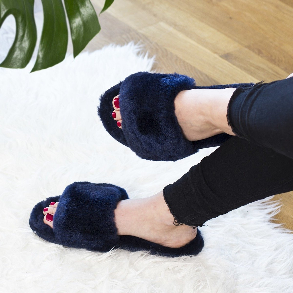 baceda115 SOXO Women's slippers sheepskin navy blue | SOXO | Socks, slippers ...