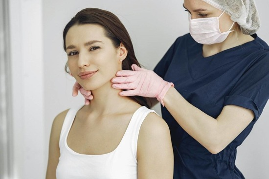 DR. SOXO moisturising neck treatment