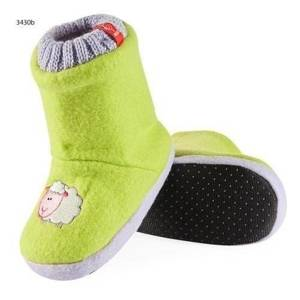 Children's boot slippers with embroidery