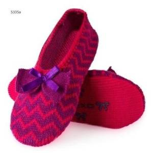 Knitted ballerina slippers with zigzag pattern – pink/purple