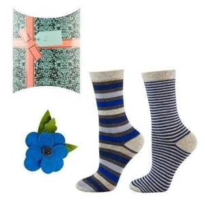 "SOXO women's set: 2 pair socks + ""Blue flower"" brooch with decorative packaging"